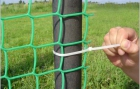 Construction of fences with plastic fence grid 3-5519